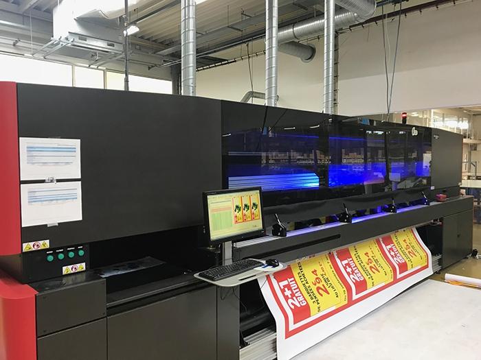 Uitbreiding machinepark met nieuwe roll-to-roll grootformaatprinetr EFI VUTEk 3r