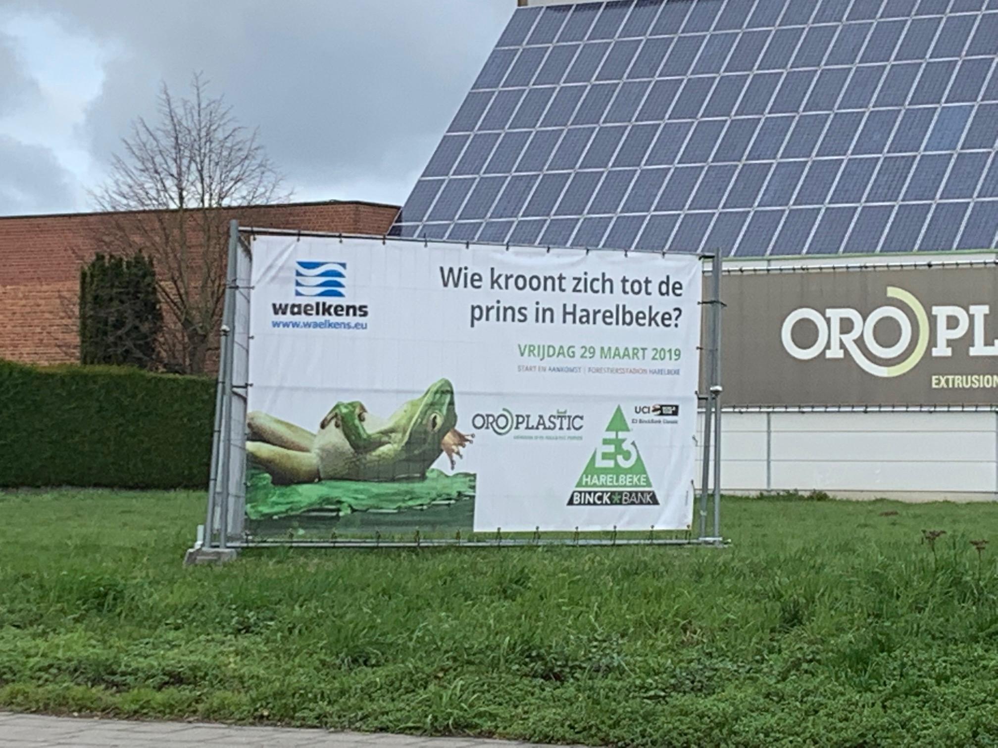 E3-banner voor Oroplastic door Waelkens